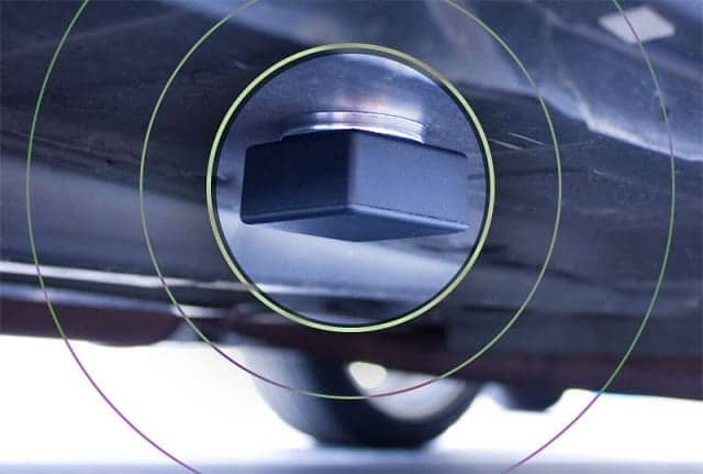 ردیاب آهنربایی نصب شده بر روی خودرو