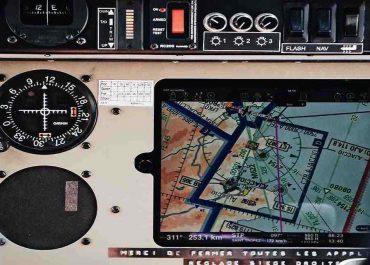 ردیاب هوایی چیست؛ بررسی کامل ردیاب هواپیما، ایر تاکسی و پهپاد ها