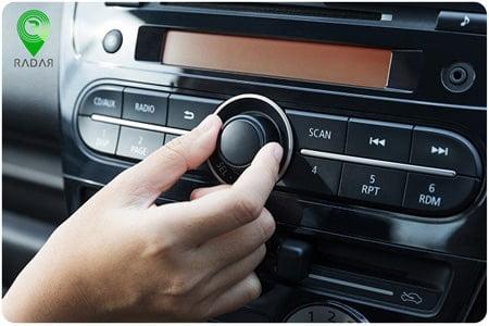 کم کردن صدای موسیقی برای کنترل ماشین